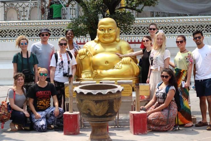 bkk temple shot